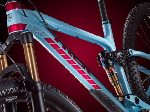 Ross Schnell Fuel EX 9.9 29