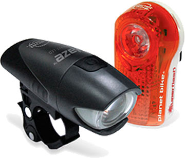 Planet Bike's Superflash/Blaze Combo Light Set is a commuter's dream that maximizes your visibility on dark, moonless nights. The Blaze boasts a Nichia half-watt white LED with a brilliant beam specifically designed not only to be seen, but also to let you see where you're going. The Super Flash aims 2 LEDs plus a half-watt Blaze LED for light that can be seen for up to 1 mile! They both feature flashing and steady modes, include batteries and deliver run times of up to 100 hours.